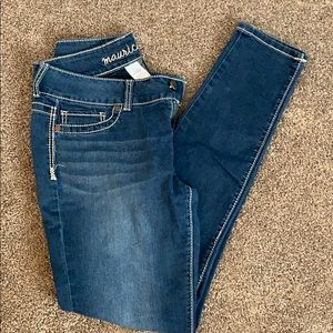Maurice skinny jeans. size M. Regular length